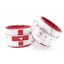 Бело-красные кожаные наручники для медработника